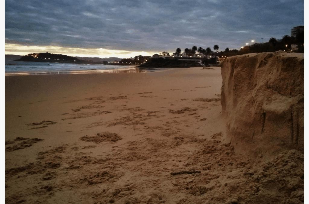 Dentelladas en la arena